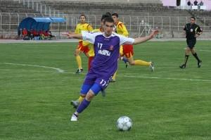 """От Тодорин Димитров се очаква да играе сериозна роля във """"виолетовата"""" атака."""